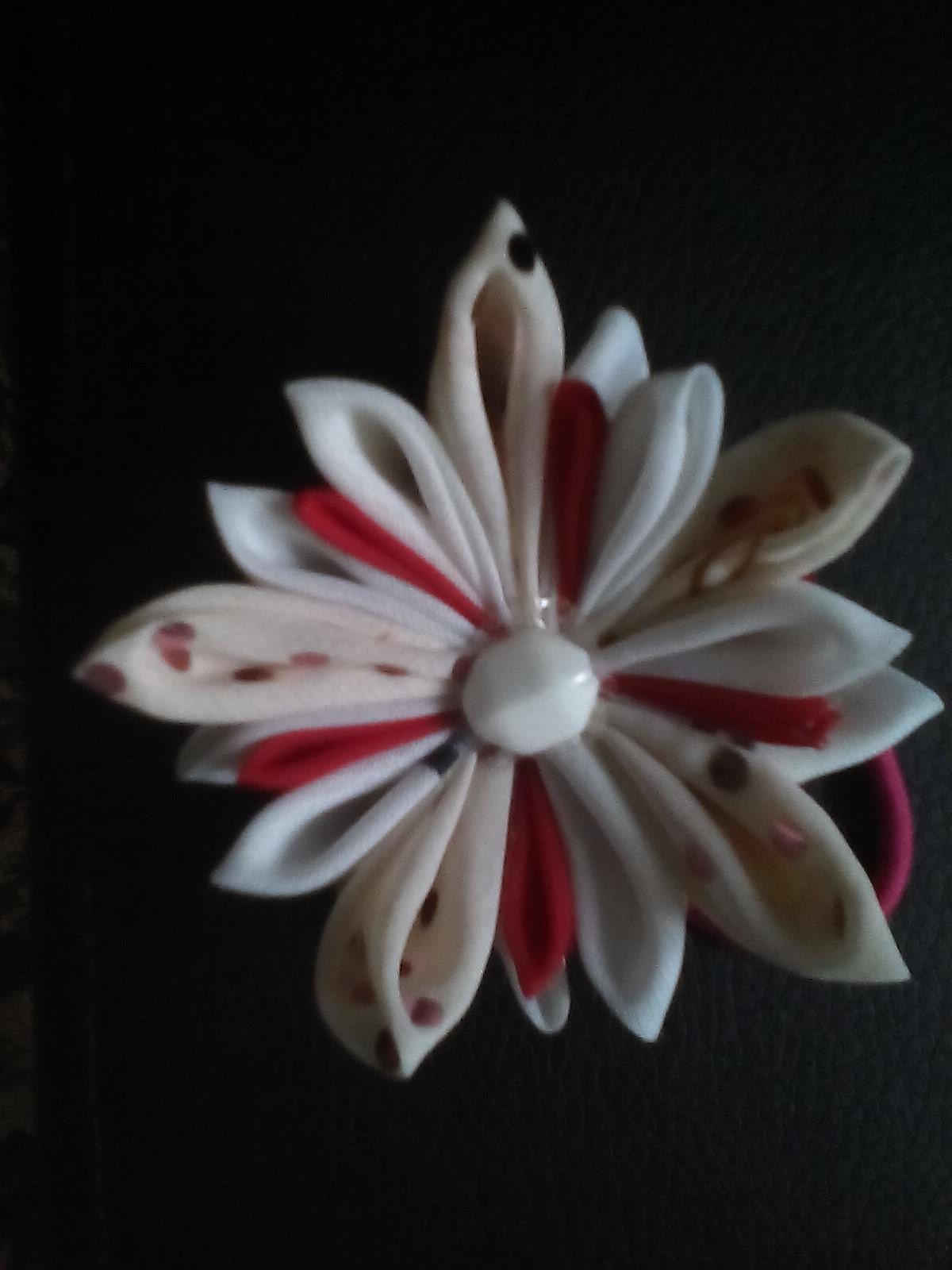 украшения для волос канзаши